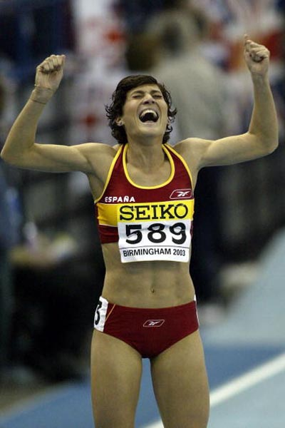 Mayte Martinez of Spain celebrates after the Womens 800m final
