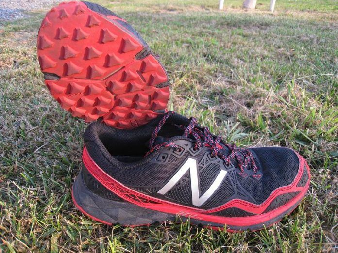 New Balance 910v3 (Preview) - Foto General