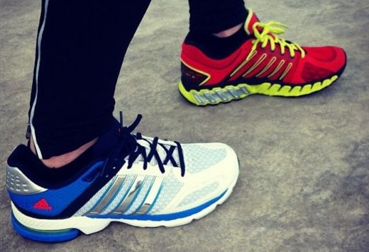 K-Swiss Blade Max Stable Vs Adidas Supernova Sequence 5 - Puestas