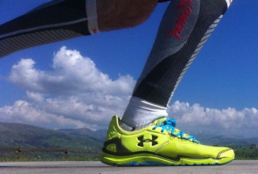 Under Armour Charge RC 2 - Pisando