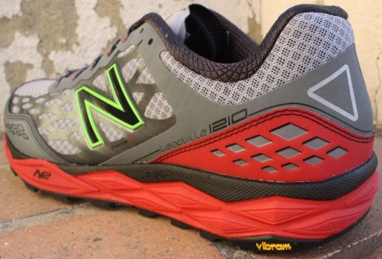 New Balance MT1210 Leadville - Perfil exterior