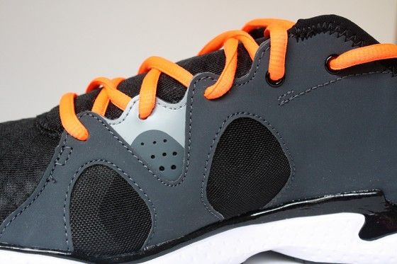 Under Armour Micro G Neo Mantis - Upper